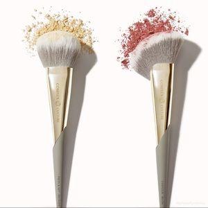 Complex Culture   NIB Bronzer & Blush Brush 2pk
